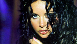 Sarah Brightman portrait